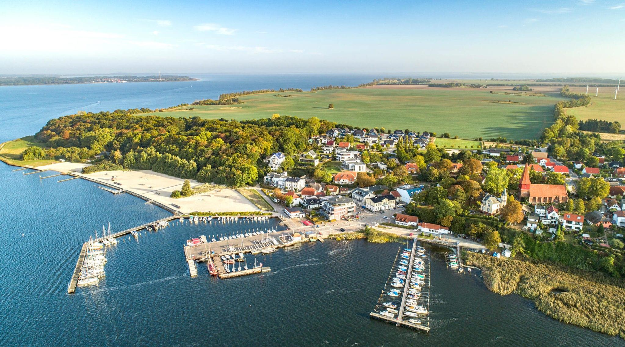 Seehafen und Gemeinde Altefähr, Insel Rügen